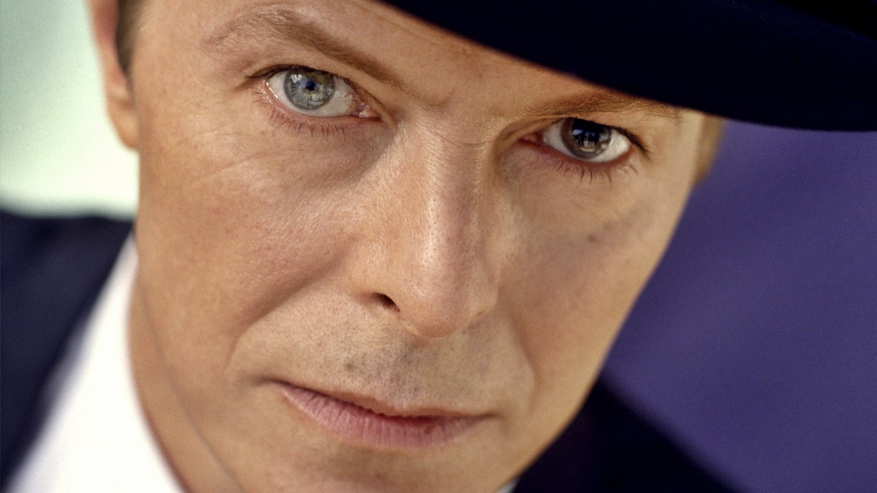 Doctor Who Thread - Page 3 David-bowie-2013
