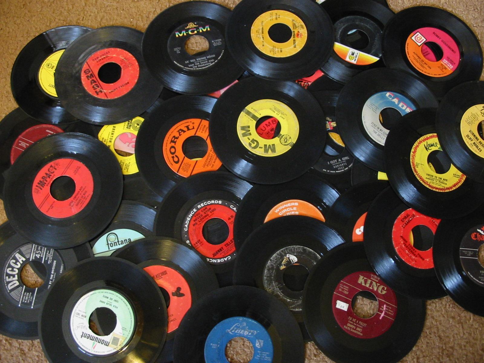 Vinyl Revolution Vinyl Record Sales Hit 10 Year High