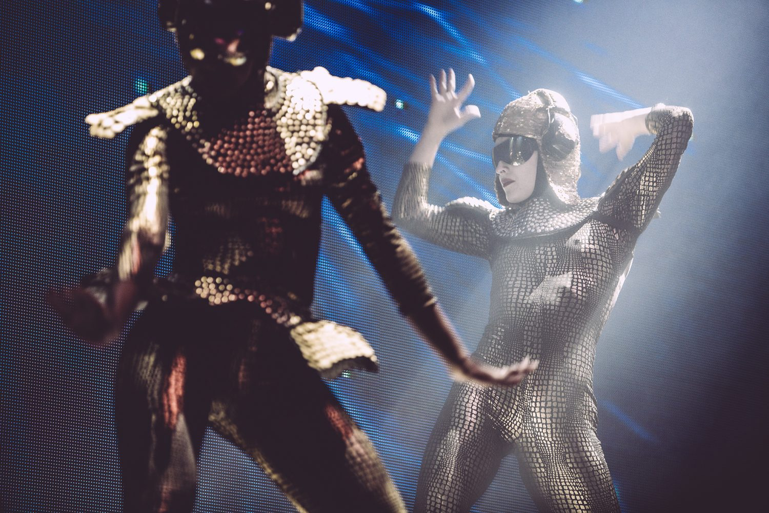 live empire of the sun roundhouse london 13 10 16