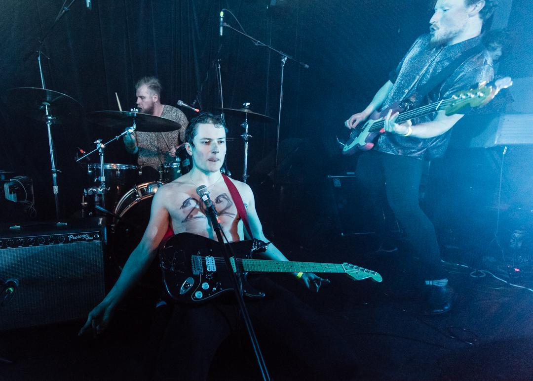 03 Avalance Party - This Feeling Jan2018 - Jon Mo