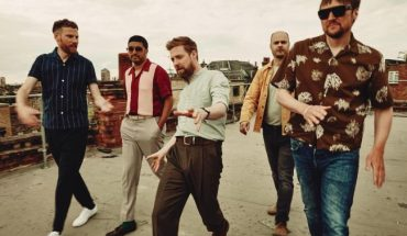 Kaiser Chiefs announce Forest Live date