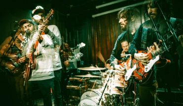 NEWS: UNSEEN SUPER FURRY ANIMALS Tour Footage in El Goodo's 'Things Turn Around'